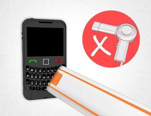Tips Menyelamatkan Ponsel yang Terendam Air 1