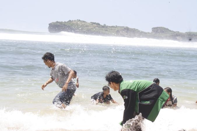pantai Sadranan